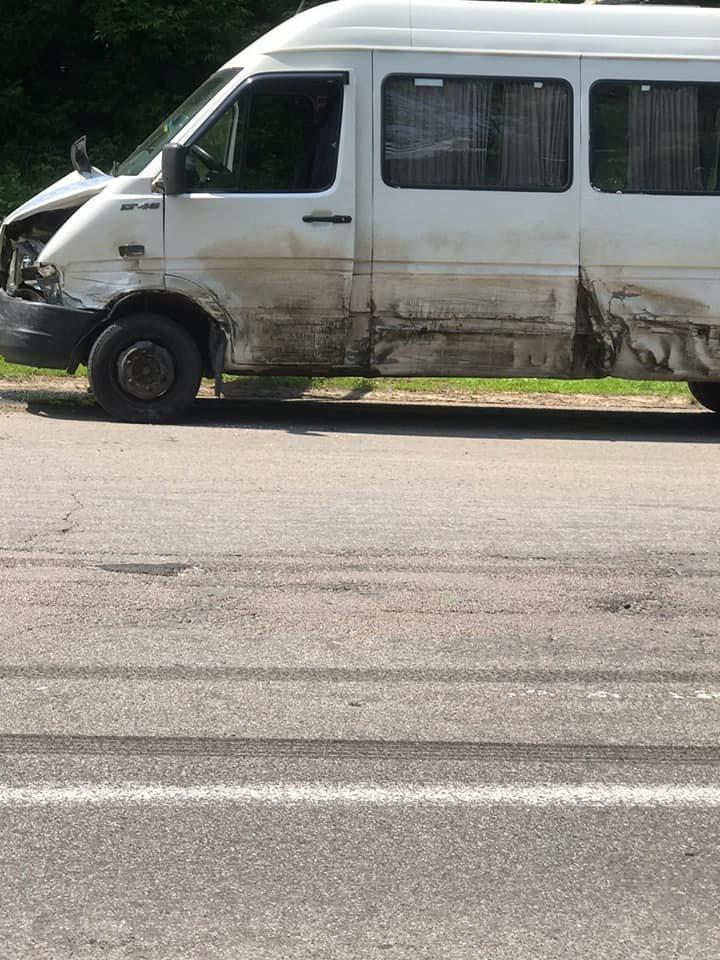 Масштабна ДТП на Буковині: постраждали 4 автівки та 1 водій, фото-7