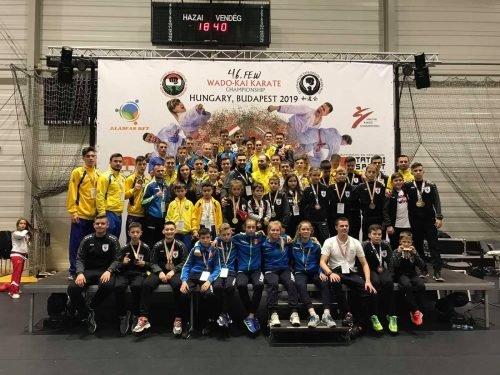 Спортсмени Чернівців привезли 23 медалі з чемпіонату Європи по карате у Будапешті - фото, фото-3