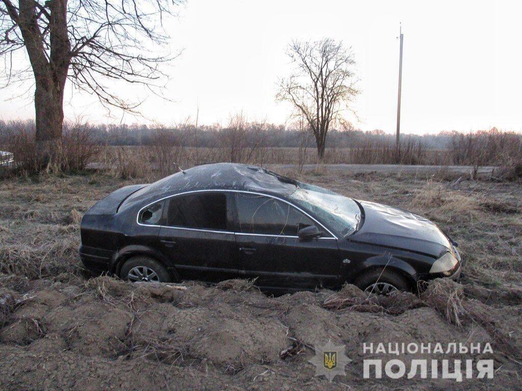 На Буковині у ДТП за участі неповнолітнього водія травмувалися пасажири (ФОТО), фото-1