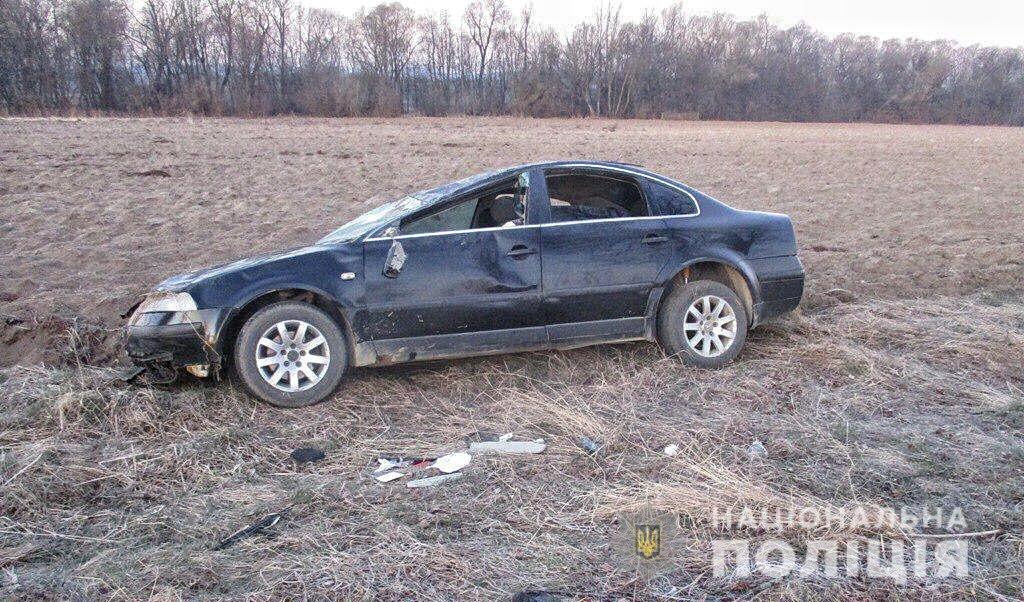 На Буковині у ДТП за участі неповнолітнього водія травмувалися пасажири (ФОТО), фото-2
