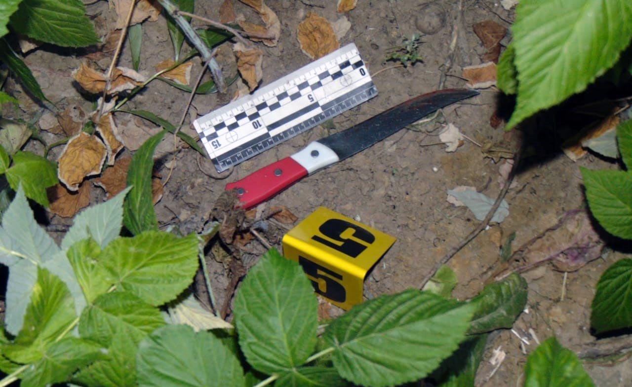Чоловік побив жінку та зник - Відділ комунікації поліції Чернівецької області
