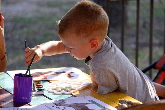 малювання сприяє виробленню навиків письма