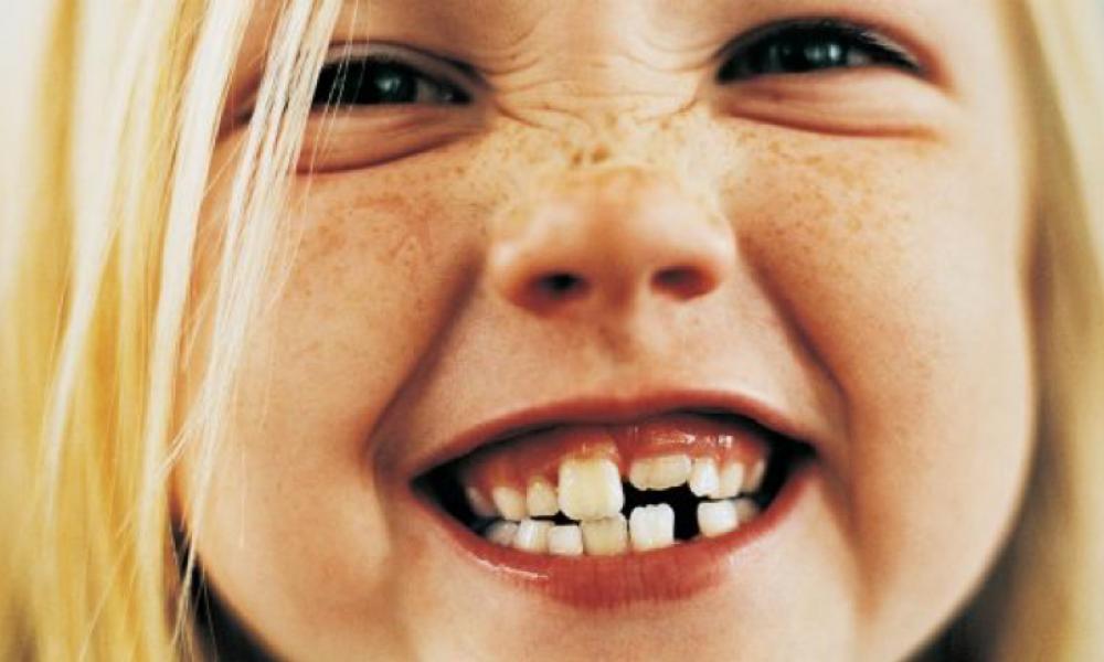 посмішка сприяє нашому хорошому самопочуттю