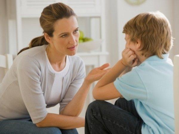 Дітей середнього та старшого шкільного віку потрібно привчати до медіаграмотності та критичного мислення