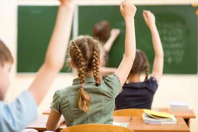На Буковині вже сімдесят класів у школах пішли на самоізоляцію через COVID-19, фото-1