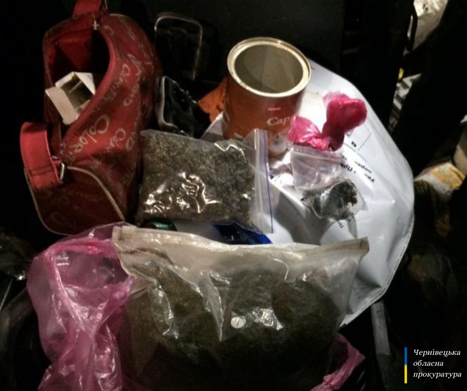 Шістьом особам повідомлено про підозру у вчиненні кримінального правопорушення, фото пресслужби Чернівецької обласної прокуратури