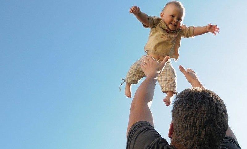 синдром струшеної дитини - це важка форма фізичного насильства над дитиною