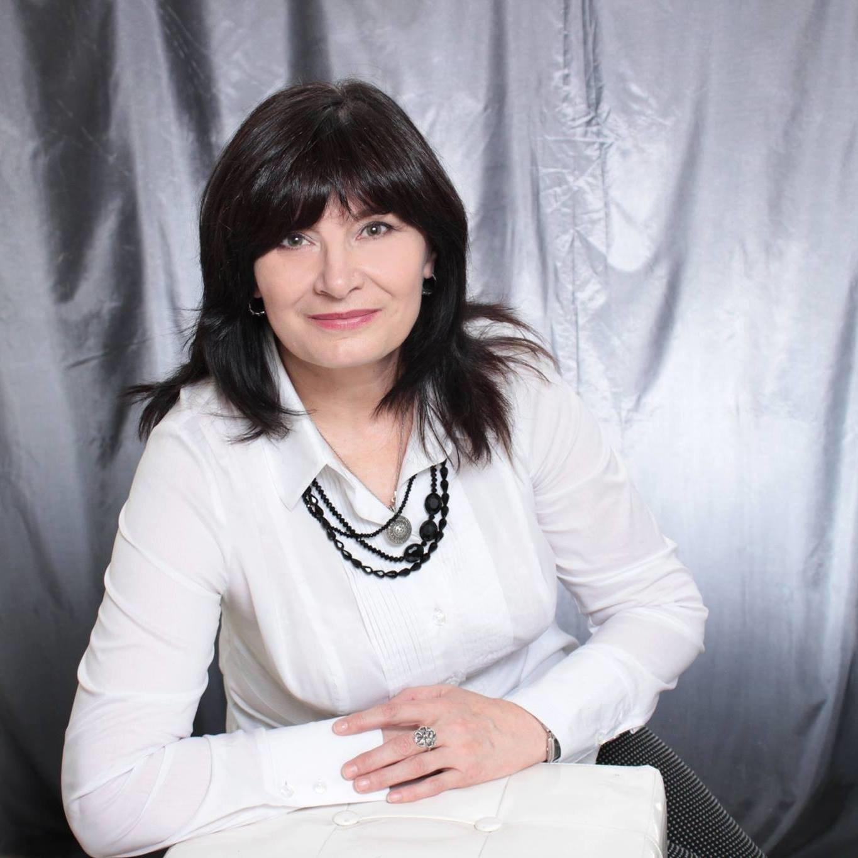 Ганна Скорейко, історик