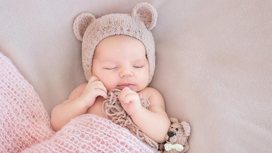 новонароджений, фото з відкритих джерел