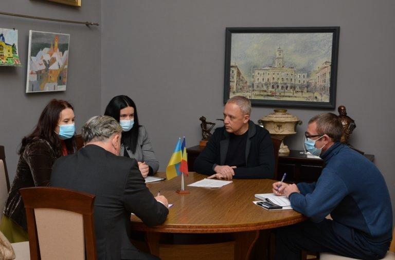 зустріч, фото з сайту Чернівецької міськради
