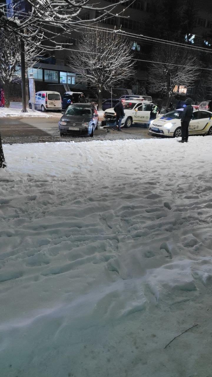 ДТП у Чернівцях, фото з відкритих джерел