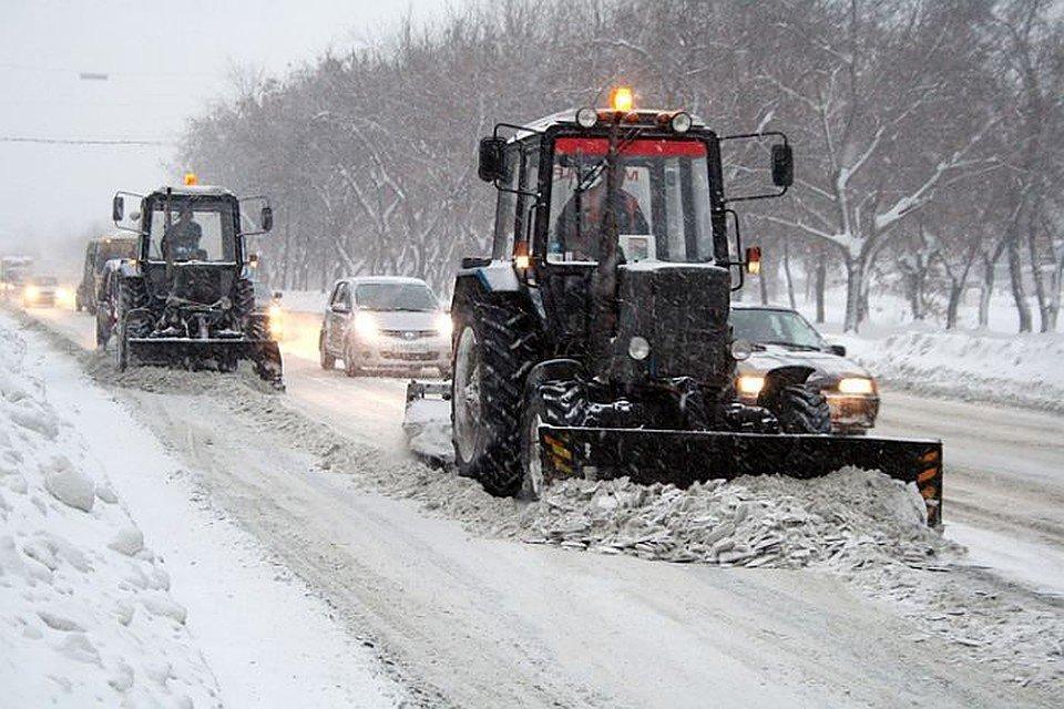 прибирання снігу, фото з відкритих джерел