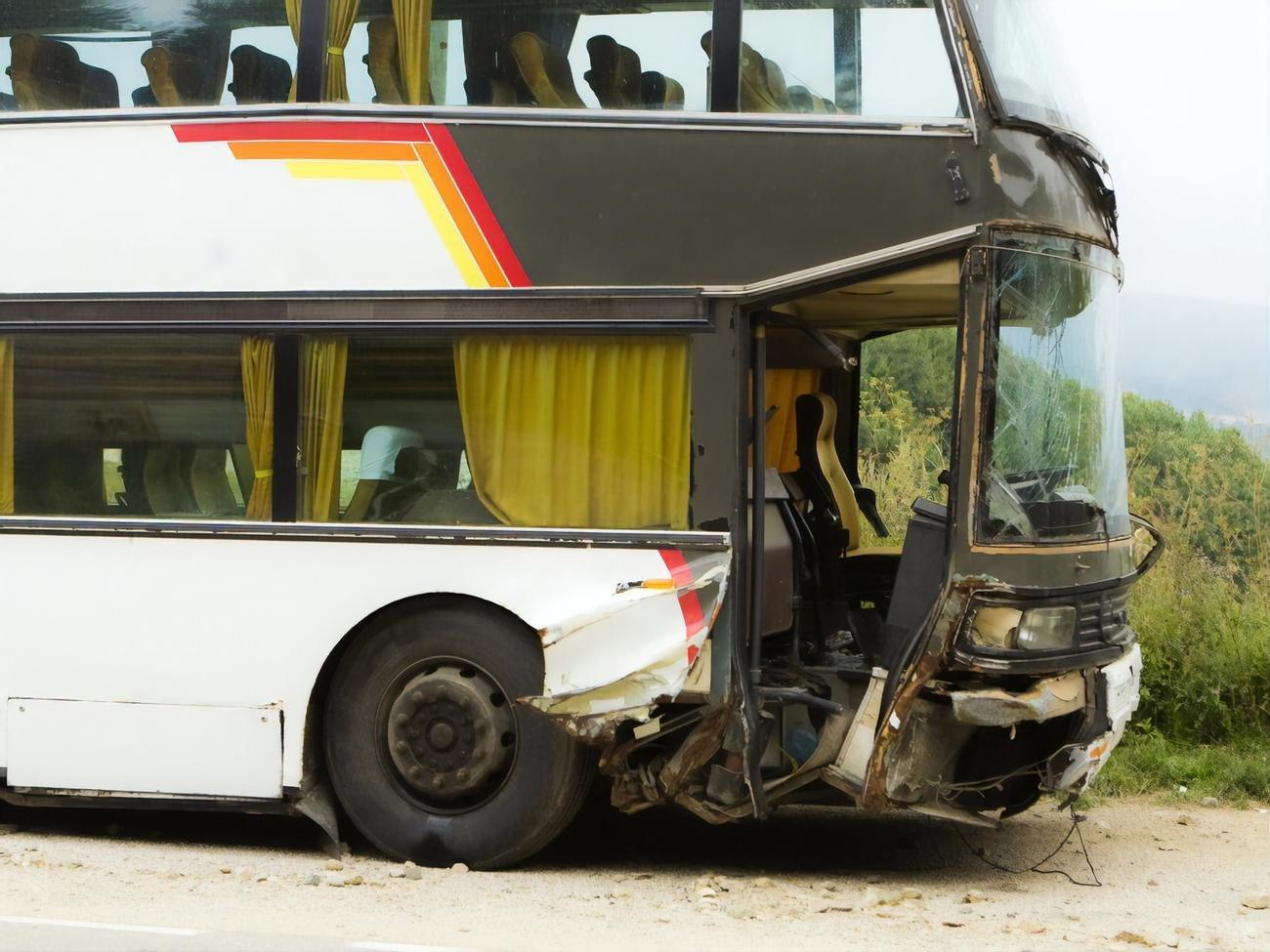 автобус, що потрапив у ДТП в Єгипті