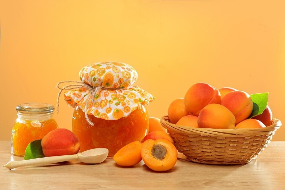 Дітям досить з'їдати 1-2 абрикосив день, щоб запобігти авітамінозу